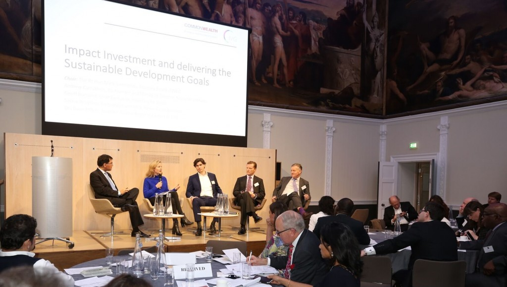 IRI Founder Drs Daan Elffers (center) at the Royal Society of Arts in London